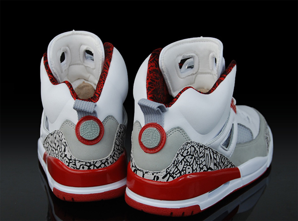 Air Jordan Spizike Fire Red Re-stock