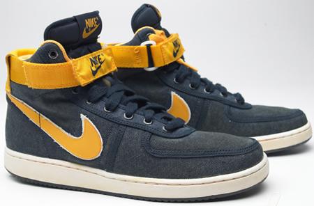 Nike Vintage Vandal - Michigan