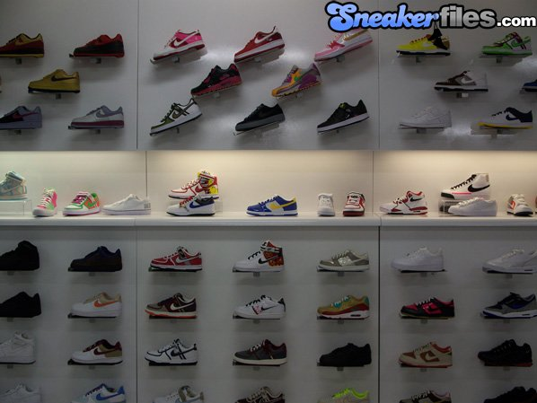 Shiekh Shoes - Shoe Stores - Beverly Grove - Los Angeles, CA