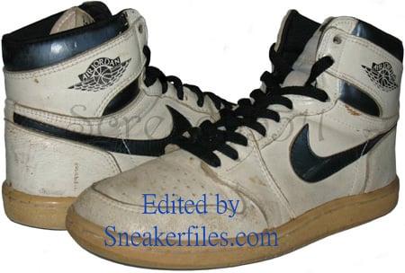 Air Jordan Original - OG 1 (I) White / Metallic Black