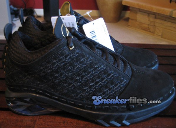 3e9c2633e18834 Air Jordan XX3 Low Black   Metallic Gold