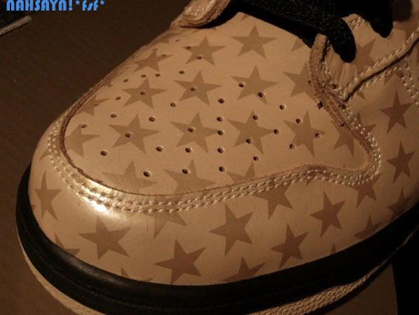 Nike SB Dunk Low - Gold and Black Stars