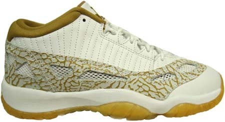 Air Jordan 11 (XI) Retro Youth (GS) IE Low White / Metallic Gold