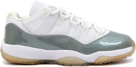 Air Jordan 11 (XI) Retro Low Womens White / Metallic Silver