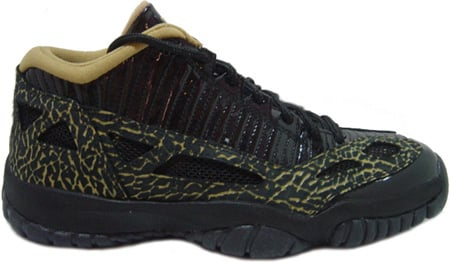 Air Jordan 11 (XI) Retro Womens IE Low Black / Metallic Gold