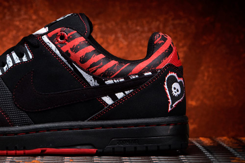 Alkaline Trio x Nike 6.0 Heart and Soul Air Zoom Cush