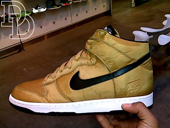 nike dunk high dorados