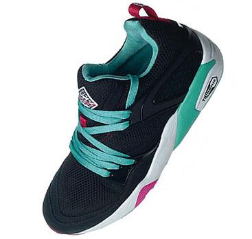 Sneaker Freaker x Puma Blaze of Glory - Black Model