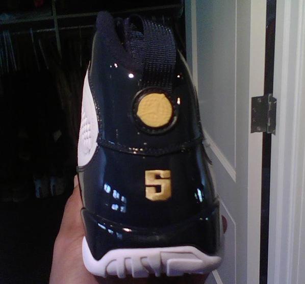Air Jordan Retro 9 (IX) Marcus Jordan Player Exclusive  e9b57fb505