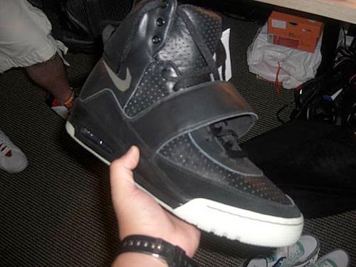 Nike Air Yeezy - Black / Grey