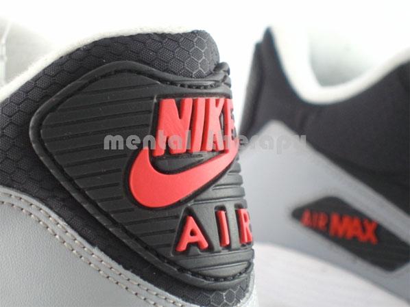 Nike Air Max 90 - White / Black - Med Grey - Comet Red