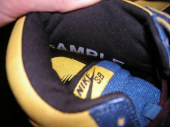 Nike SB Dunk Mid Premium - French Blue / Black / Yellow