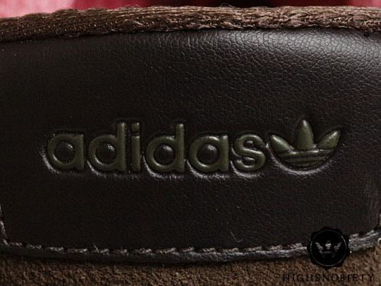 adidas AZX Originals Store ZX 700