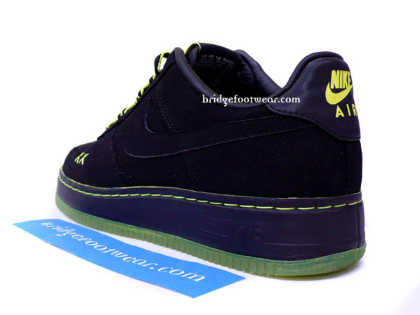 Kaws x Nike 1World Air Force 1 - eBay Auction