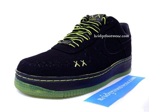 Kaws x Nike 1World Air Force 1 - eBay Auction