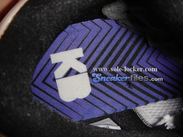Nike Zoom Kobe 4 - White / Purple