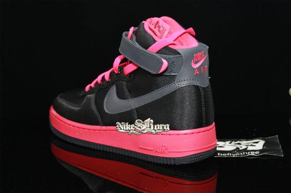Nike Womens Air Force 1 High - Black / Pink