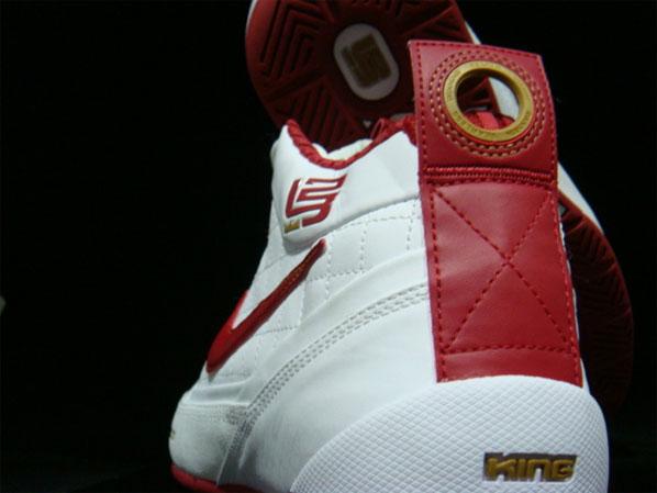 Nike Zoom Ambassador - Red / White