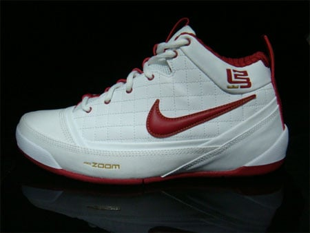 Nike Zoom Ambassador - Red / White