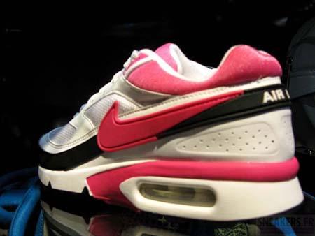 Nike Air Classic BW - White / Pink / Black