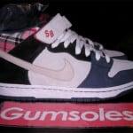 Nike Dunk Mid Premium SB Sample – Plaid