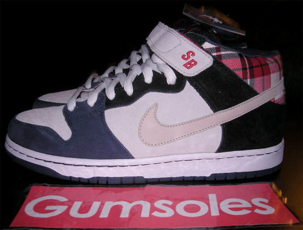 Nike Dunk Mid Premium SB Sample - Plaid