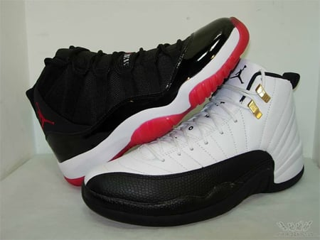 Jordan XI (11) Black / Red and
