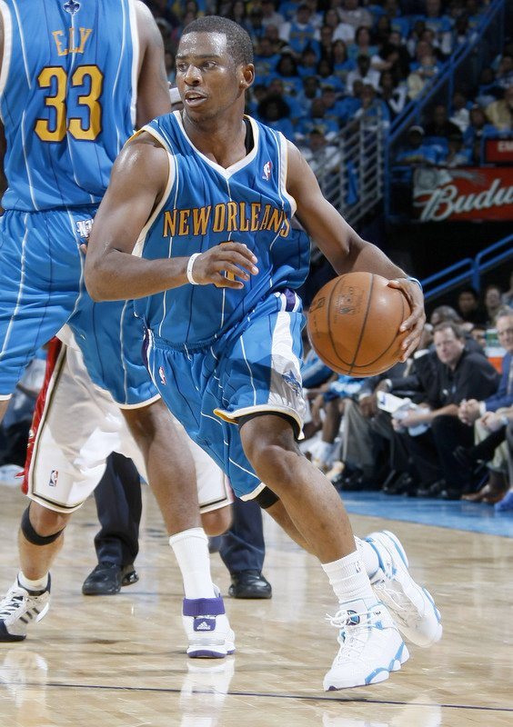 34ae868b9d2268 On Court  Chris Paul Wearing White   Carolina Blue Air Jordan Six ...