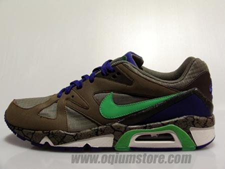 e9915e25e462 Nike s successful attempt to bring back the Air Structure Triax  91 was ...