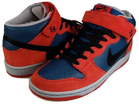 big sale 3dae5 1c72f Nike SB Dunk Mid - Spiderman - Marina  Black  SneakerFiles