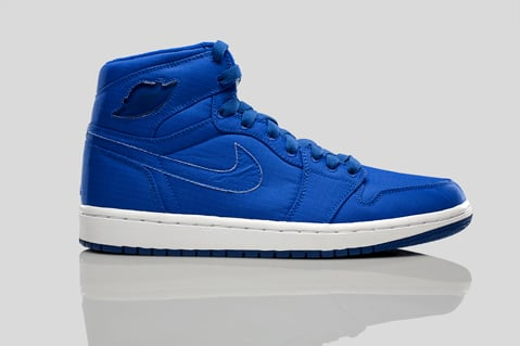 Air Jordan 1 (I) Retro High - Blue Sapphire / Neon Turquoise - White