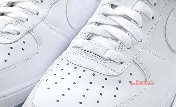 Nike Air Force 1 - White / White