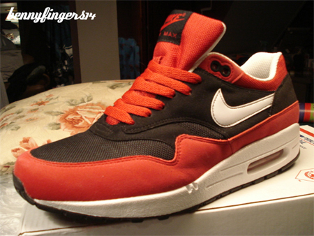 Nike Air Max 1 Sample - Black / White - Varsity Red