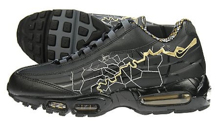 Nike Air Max 95 Black And Gold
