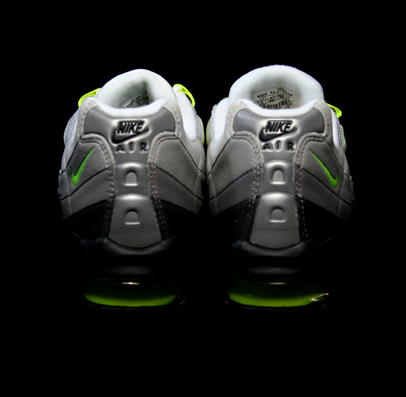 Nike Air Max 95 Classic LE - Neutral Grey / Neon Yellow - Dark Charcoal