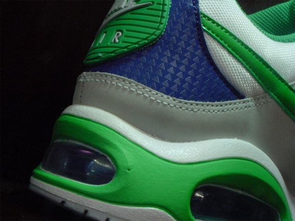 Nike Air Max Skyline - White / Green