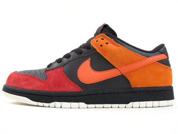 Nike Dunk Low CL - Tar / Orange Blaze / Varsity Red