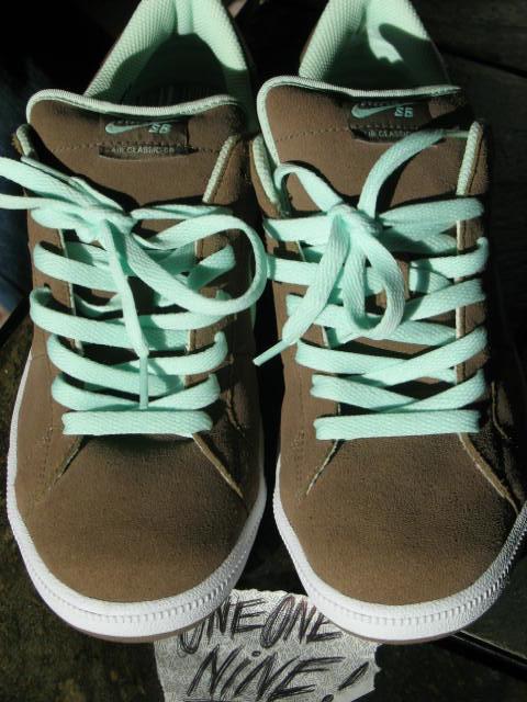 Nike SB Classic Sample Brown Mint
