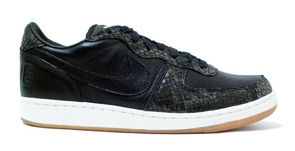 Nike Terminator Low Lux - Black / Gold