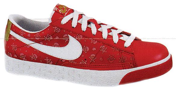 Nike Womens Blazer Low - Varsity Red / Gold