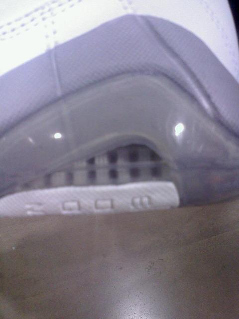 Nike Zoom Fun Police - White / Metallic Silver