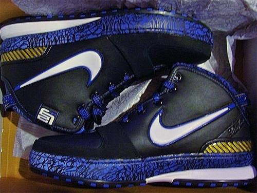 Nike Zoom Lebron VI (6) Black White Varsity Royal Varsity Maize
