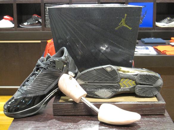 Air Jordan 2009 (2K9) S23 - Black / Metallic Gold In-Store Pictures