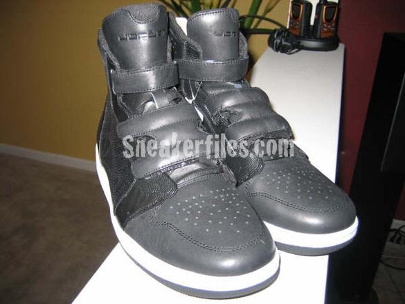 Air Jordan High-Top Strapped 2009 Sneaker