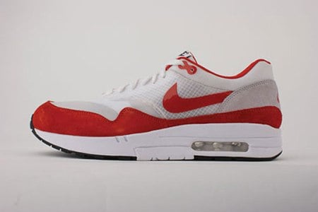New Pictures: Nike Air Max 1 Flywire 2009