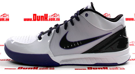 Nike Zoom Kobe IV (4) X - White / Black - Varsity Purple