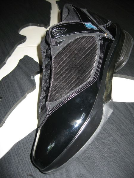 new style bf81b f4618 Release Reminder  Air Jordan 2K9 (2009) S23 - Black   Metallic Gold