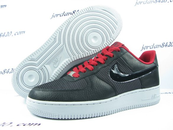 Nike Air Force 1  Premium '09 - Black / Varsity Red