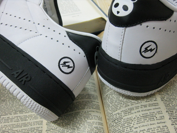 Fragment Design x Nike Air Force 1 x Tennis Classic - Sinchuan Panda Pack