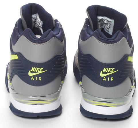 83db6602f3f Nike Zoom Rotational 6 Unisex Throw Shoes Nike Zoom Rotational 7 ...